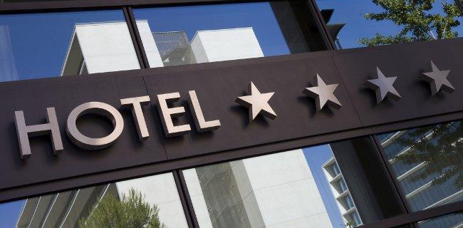 Filtr marki w wyszukiwarce Google Hotels